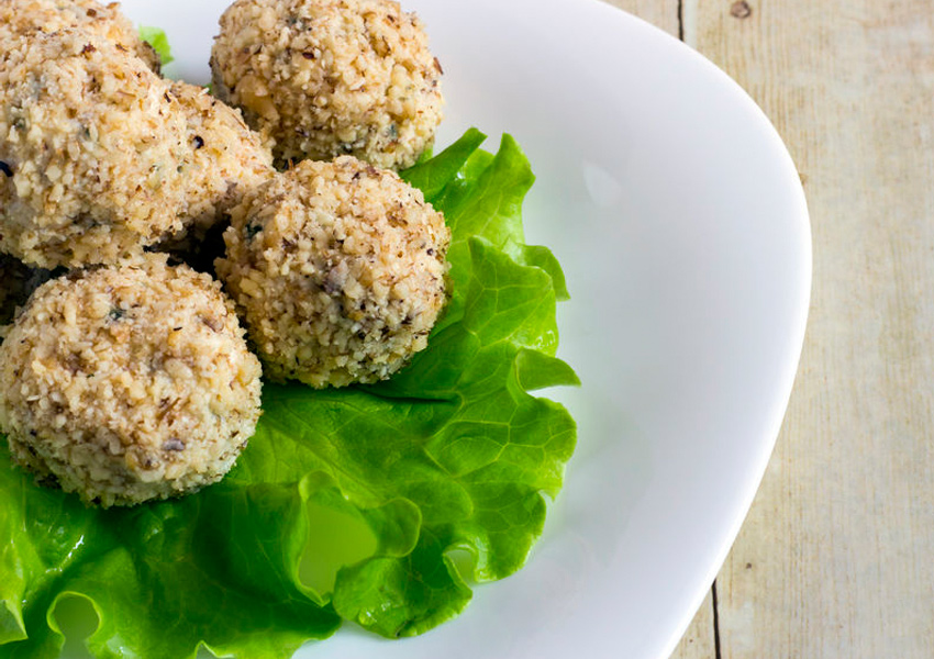 Almond Crusted Goat Cheese Balls