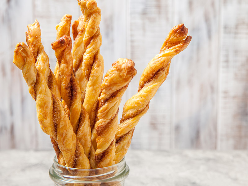 Air Fryer Thanksgiving Pumpkin Pie Twists